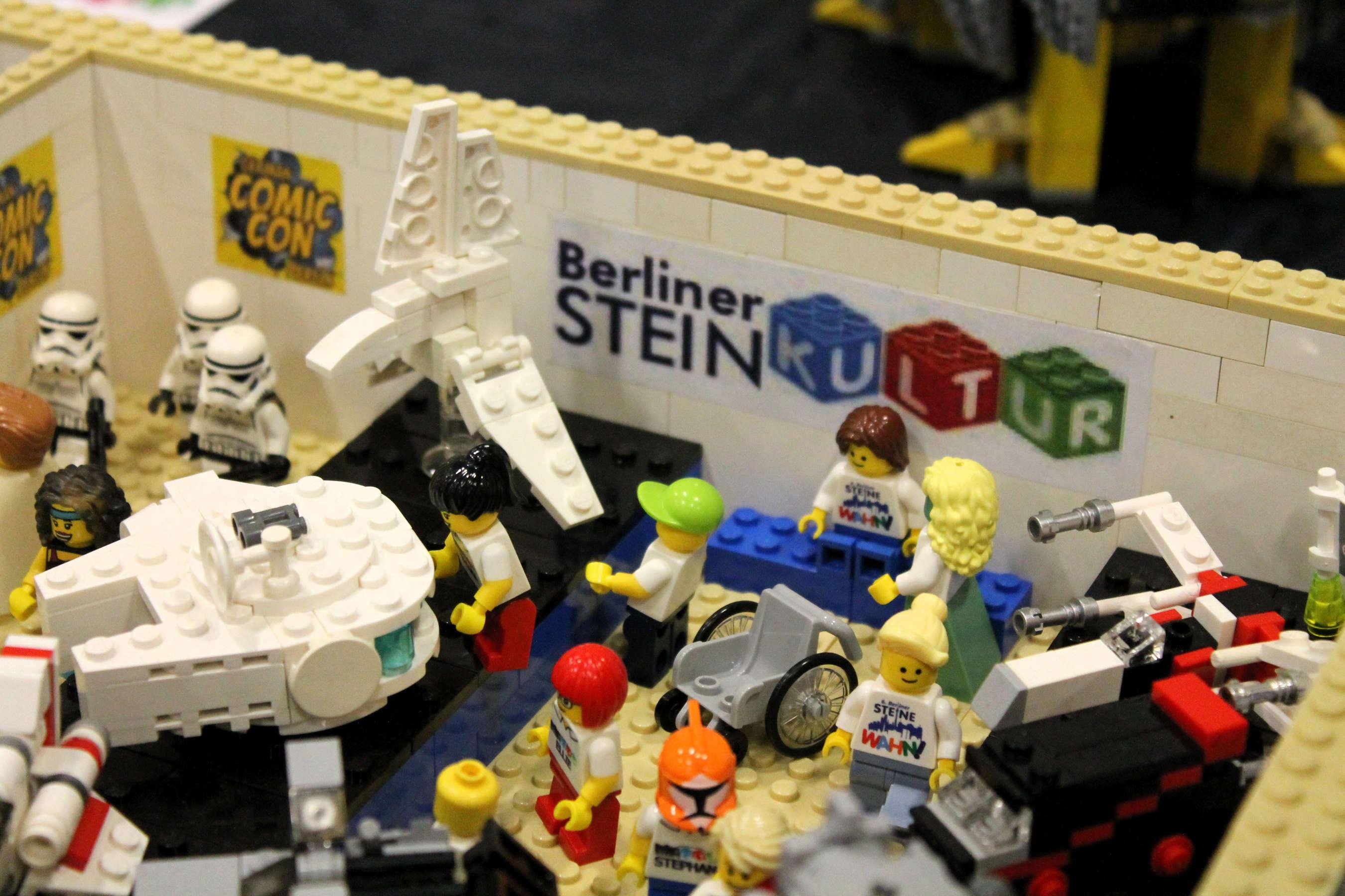Auch In Diesem Jahr Waren Wir Wieder Zu Gast Auf Der ComicCon Dem Berliner Messegelande Neben Unserem SteineWAHN Mosaik Hatten Unsere Eigene